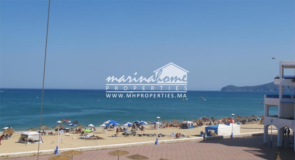 Appartement en front de la mer à Sania Plage