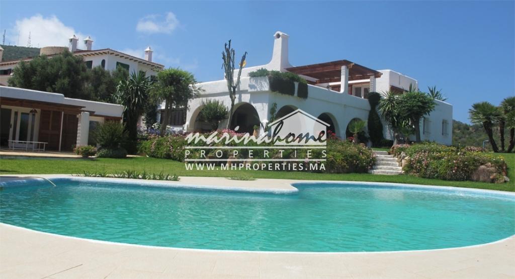 Villa à Cabo Negro avec piscine privée